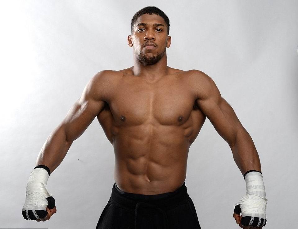 Энтони Джошуа — профессиональный британский боксёр.