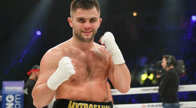 Дмитрий Митрофанов будет боксировать за титул WBO Oriental
